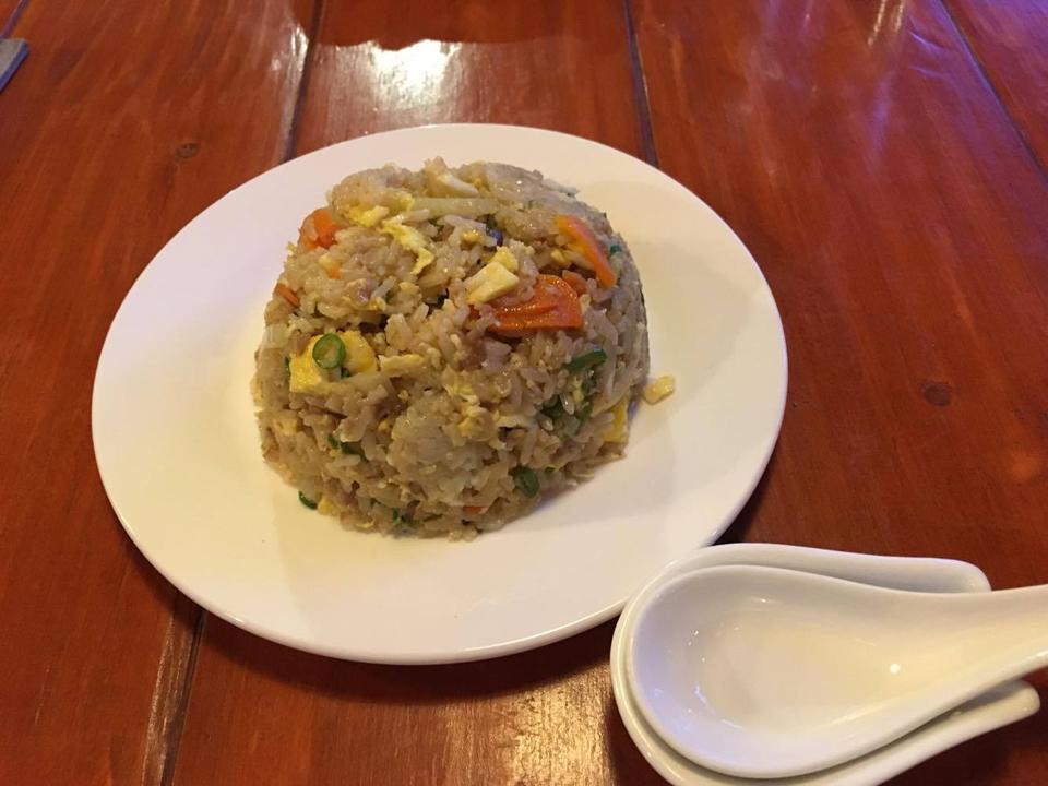 セブ島の日本食屋、「のんべ」で食べたチャーハン