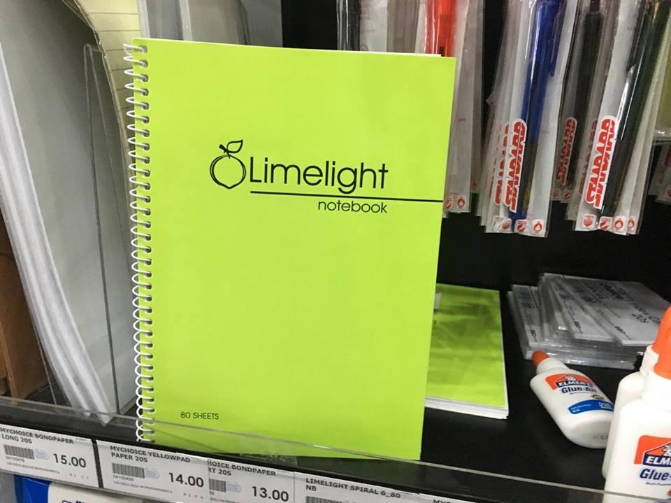 Umelightノートブック。値段は約99円(39ペソ)