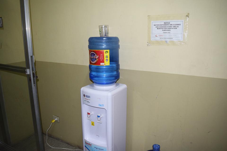 語学学校の寮に用意されている給水機