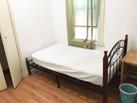 シェアハウスの部屋、引き渡しの状態