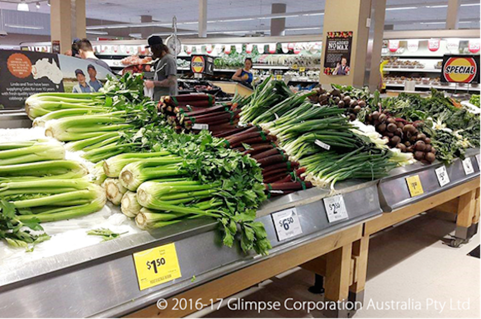オーストラリアのスーパー店内、量り売りされている食材も多い