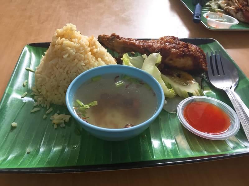 マレーシアで食べたチキンライス