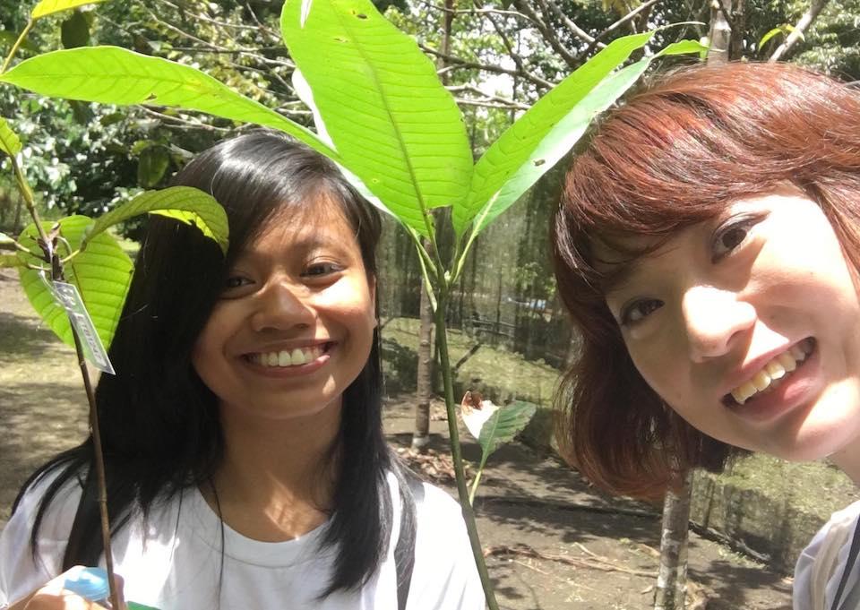 泉美さんと一緒に植林をした友人!